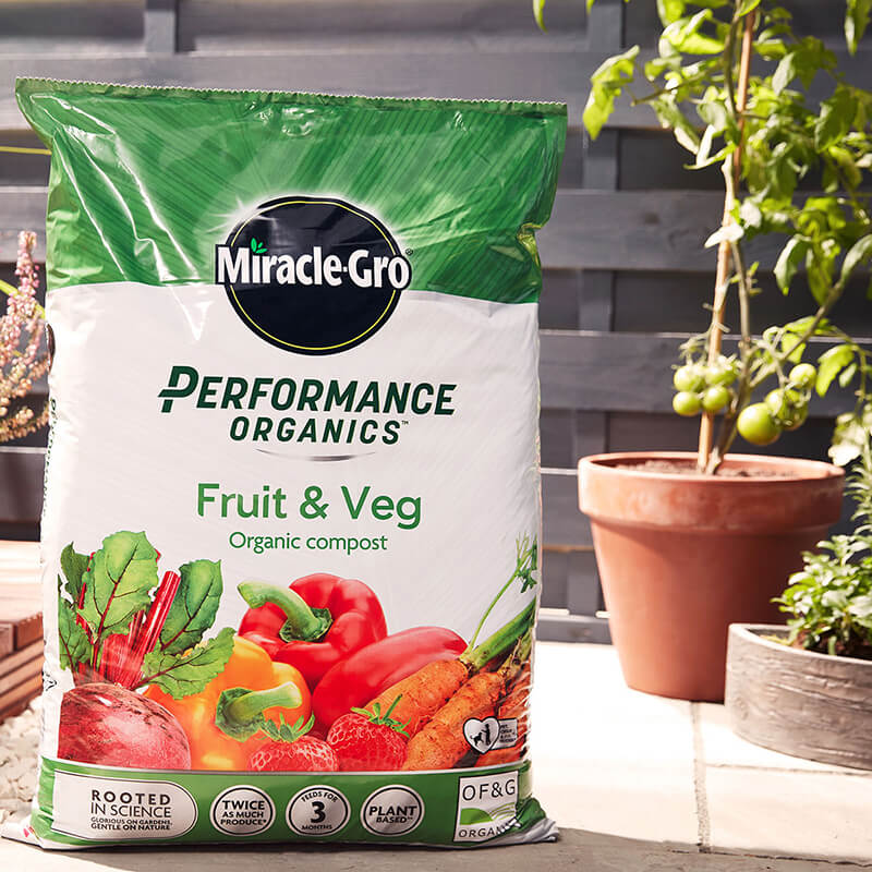 Miracle-Gro Performance Organics Fruit & Veg Compost