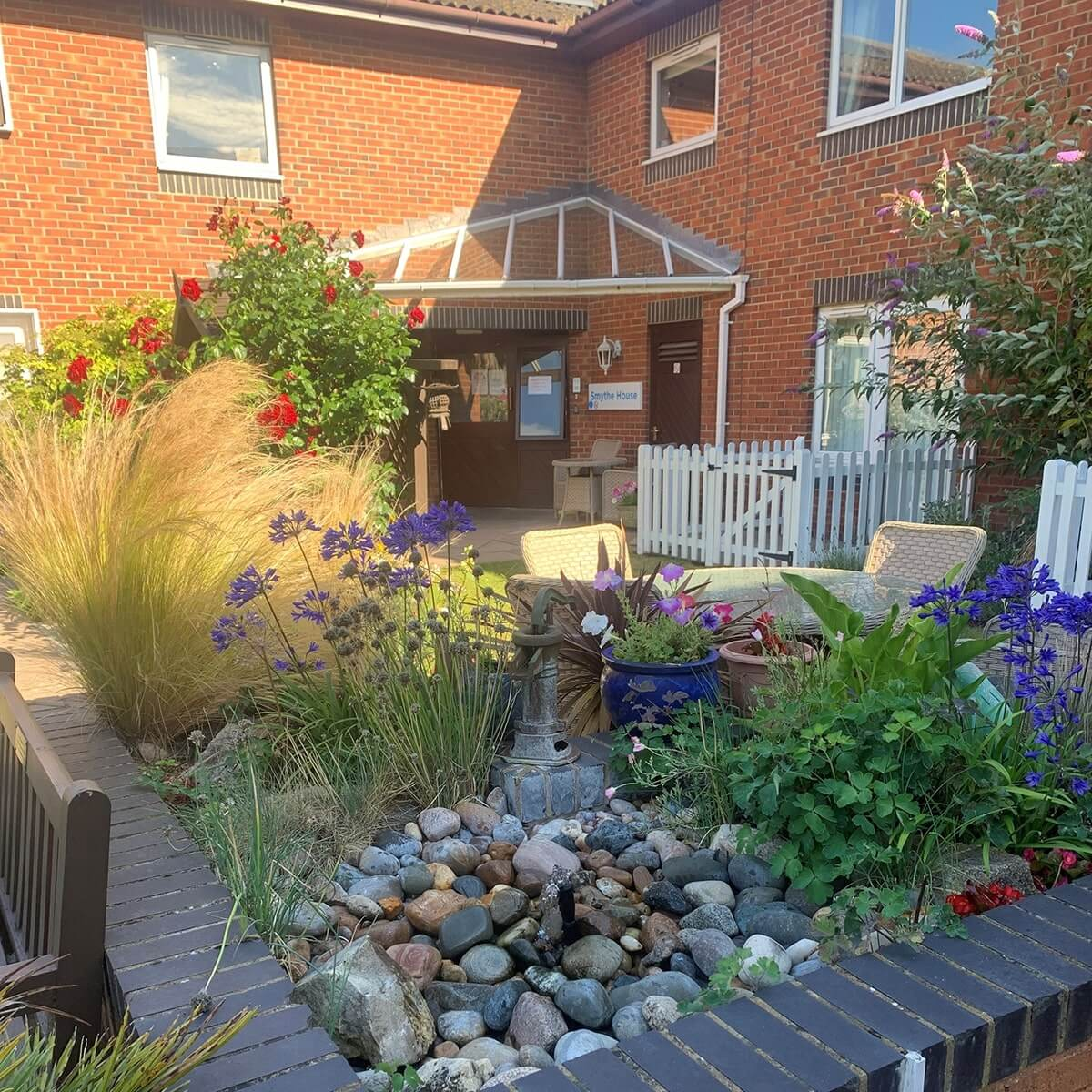 Abbotsleigh Mews Care Home Garden